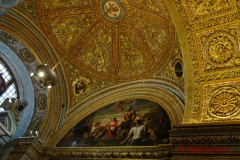 Inside St. John's in Valletta with new Gold Laef