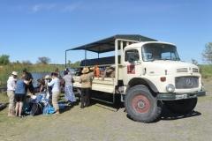 Okavango - Unlaoding the Truck