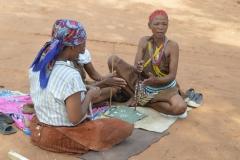 Kalahari - Making Neclaces from Ostritch Egg Shells