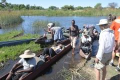 Okavango - Loading the Mokoros
