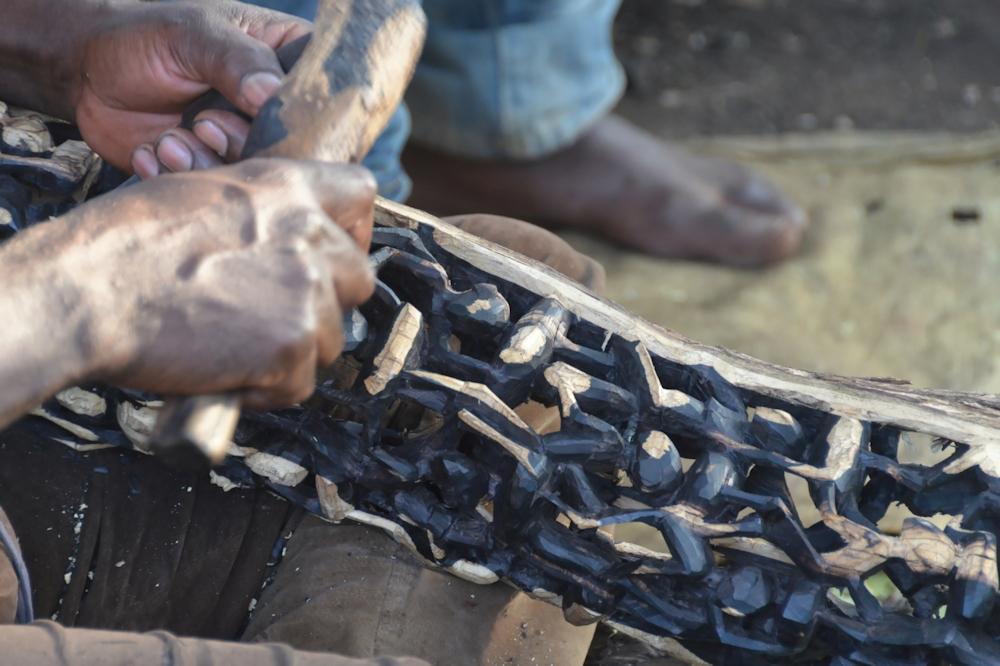 Mto Wa Mbu - Carving in Ebony