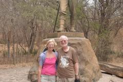 Victoria Falls - At Livingstoes Statue 8