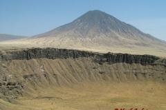 80325Ol Doinyo Lengai + Sunken Crater
