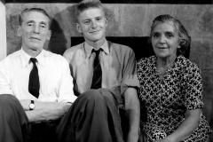 11 Grandad Arthur, Uncle Teddy, Granny Sue, a week before Teddy died